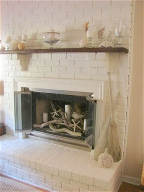 how to decorate empty space next to fireplace 25 best ideas about beach fireplace on pinterest beach