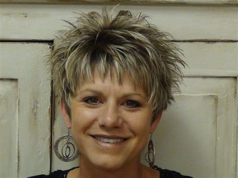 spikey short mature womens hairstyles short spiky haircuts for older women spikey hairstyles