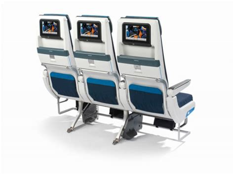klm 777 200 economy comfort klm introduces new cabin interior and ife system aboard