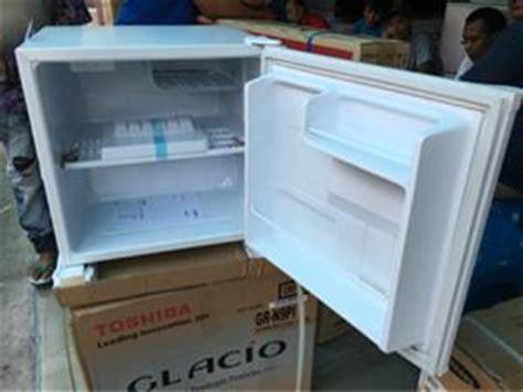 Kulkas Portable Sanyo harga kulkas portable aqr d50f aqua by sanyo garansi 7thn