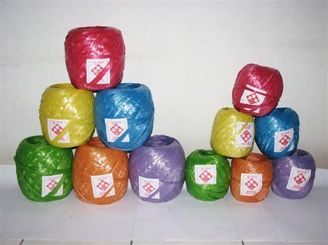 Tali Plastik 1kg produk tali rafia industri plastik daur ulang tali rafia dan sedotan