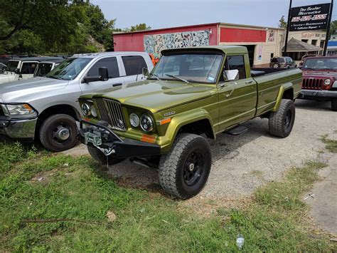 jeep gladiator cars pics sixpacktech