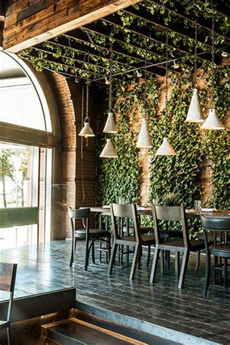 indoor plants nyc eat chic where to eat during new york fashion week