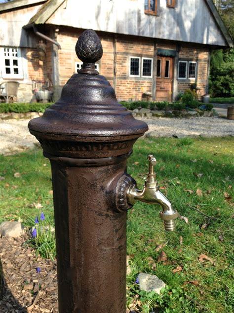Zapfstelle Garten by Wasser Zapfstelle Als H 252 Bscher Standbrunnen Stehbrunnen Mit Messing Hahn