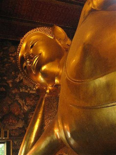 reclining buddha thailand wat pho reclining buddha picture of bangkok thailand
