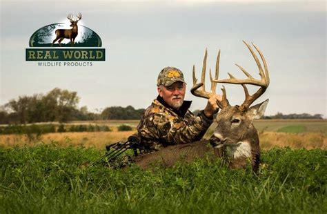 lifetime bucks don higgins of illinois kills two bucks of a lifetime on