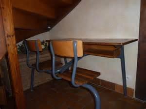 bureau 233 colier ancien 2 places