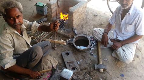 pakistan damascus steel quality clutch axes