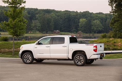 truck toyota 2015 2015 toyota tundra drops the v6 picks up integrated brake