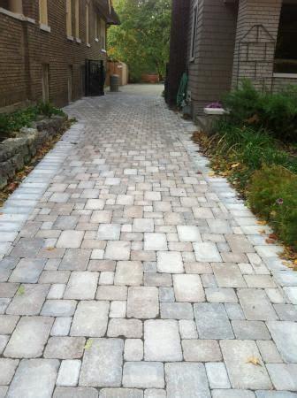 unilock brussel block sierra  limestone driveway