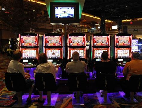 rhode island lottery  pulling igt machines  twin river casinos
