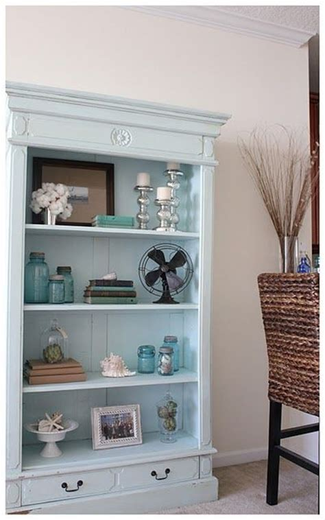 Decorating Bookcases by 25 Best Ideas About Decorating A Bookcase On