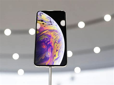 price tag of up to 163 1 449 for iphone xs max defended by experts guernsey press