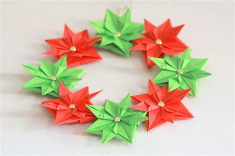 Origami Paper Wreath - paper wreath mini tutorial cook clean craft