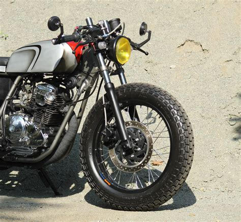 Jok Caferacer By Damar Garage by Modifikasi Cafe Racer Yamaha Scorpio Damar Custom Garage 3