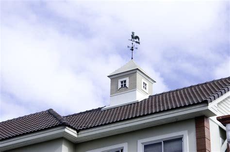 dachgesims holz dach 252 berstand verkleiden 187 so gehen sie vor 187 schritt f 252 r