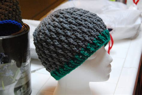 textured hat pattern the laughing willow deeply textured hat free pattern and