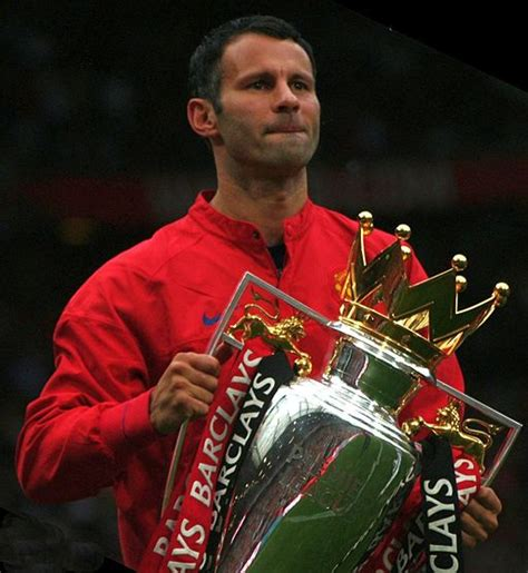 Manchester Mba Review by Giggs Talks About Achieving And Maintaining Excellence