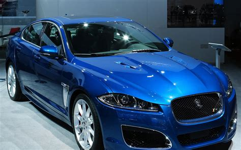 wallpaper blue car jaguar blue cars wallpapers hd www imgkid com the