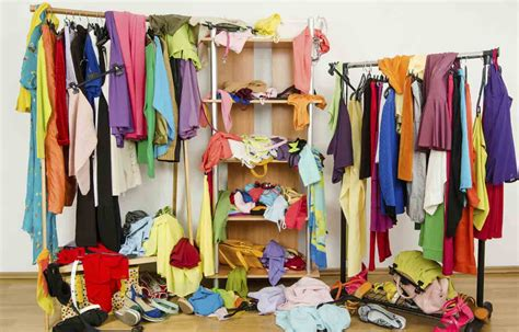 how to downsize how to downsize your wardrobe make money credit