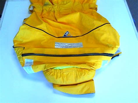 Slightly Used by Musto Hpx Slightly Used Medium Drysuit Foul