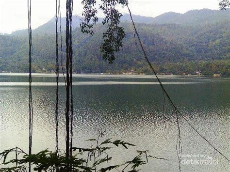 detik punya siapa siapa sangka ponorogo punya danau secantik ini