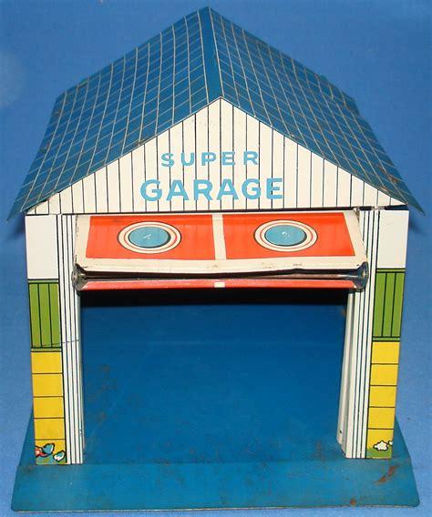 dolls house garage vintage tin litho toy super garage doll house accessory vintagetoys com item 970