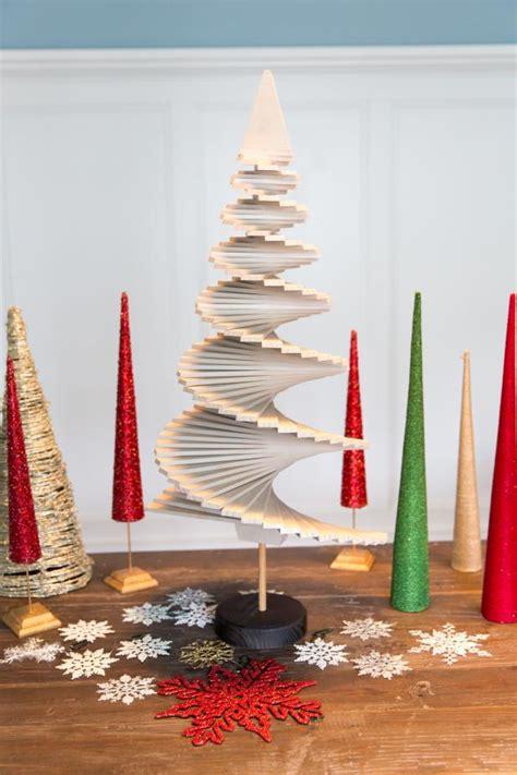 wooden christmas tree  tos diy