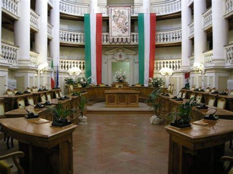 testamento pubblico testamento pubblico e frasi non indispensabili