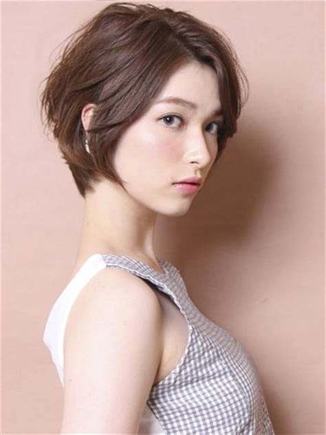 14 Short Hairstyles That Are Easy To Maintain   The Singapore Women's Weekly