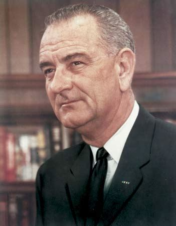 vice president lyndon baines johnson living among the kennedys books lyndon b johnson biography president of united states