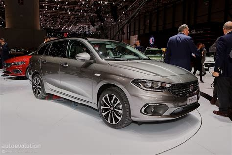 fiat hatchback 2016 fiat tipo hatchback priced at 12 750 in italy