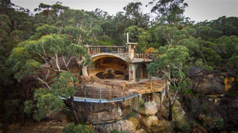 Beach Cabin Plans by Stunning Clifftop Cave House In The Blue Mountains Of