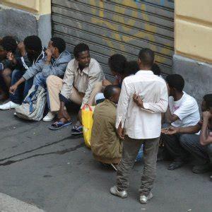 prefettura di pavia indirizzo profughi in porta venezia a il comune chiede l
