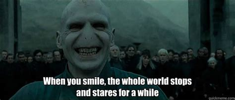 Voldemort Meme - ralph fiennes can t actually remember the voldemort laugh
