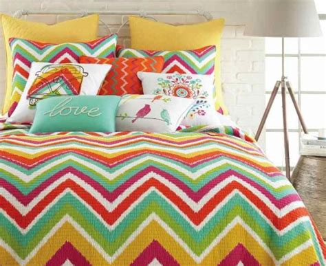 chevron pattern bedding how to decorate with chevron pattern adorable home