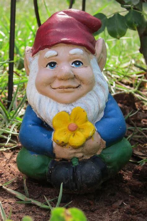 blog rip  garden gnome