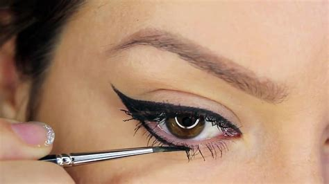 Eye Liner Make how to apply the liquid eyeliner in 4 ways how to