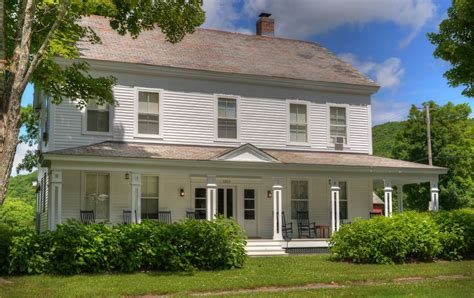 vermont farmhouse christopher kimball s vermont farmhouse homeaway rupert