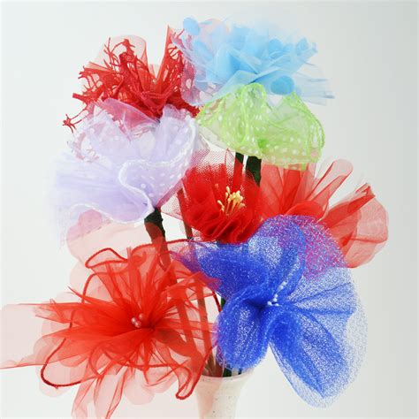 diy tulle flowers upcycled diy tulle flowers cucicucicoo