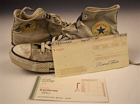 Sepatu Converse Kurt Cobain kurts converse sneakers his checking slips and receipt