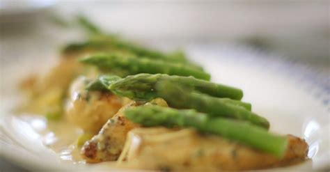 Berry Chicken Recipes Saturday Kitchen by Berry Chicken With Lemon And Asparagus Recipe On