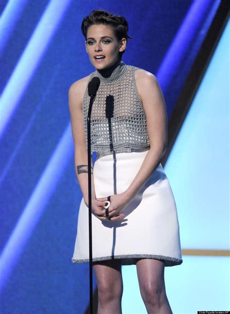 Wardrobe Unedited by Kristen Stewart Suffers Wardrobe At 2014 Awards