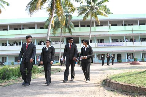 Pillai College Mba Fees by Member Sree Narayana Pillai Institute Of Management And