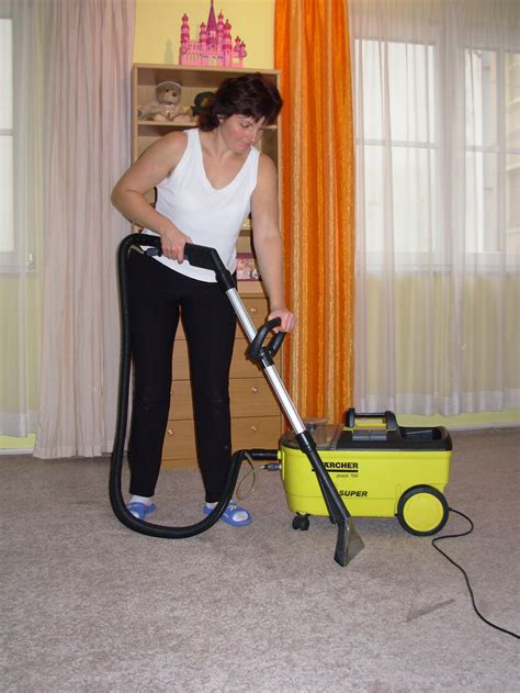 professional rug cleaning professional carpet cleaners we are professionals