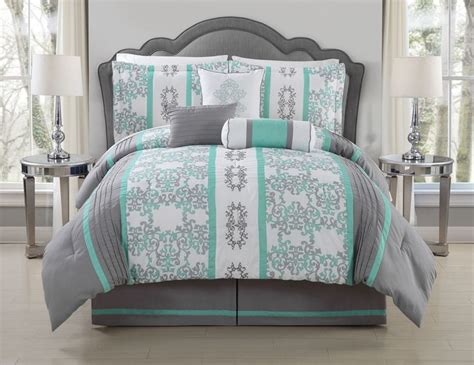 mint green comforters 25 best ideas about mint bedding on pinterest mint