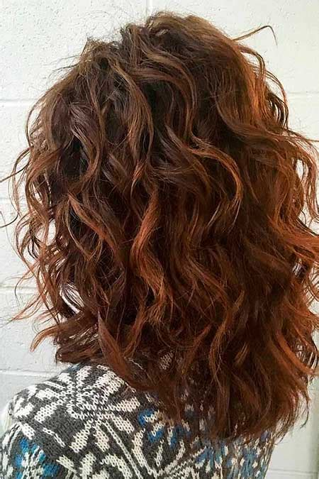 Layered Hairstyles For Medium Hair At Home by Curly Hairstyles For Medium Hair Hairstyles Haircuts