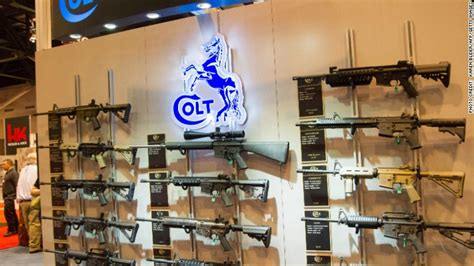 Walmart Background Check Company Walmart To Stop Selling Ar 15s And Similar Guns Aug 26 2015