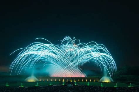 Longwood Gardens Fireworks by 10 Pennsylvania Fireworks Shows To Enjoy This 4th Of July