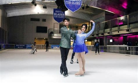 bookmyshow dlf noida 32 discount ice skating sessions at iskate ambience mall